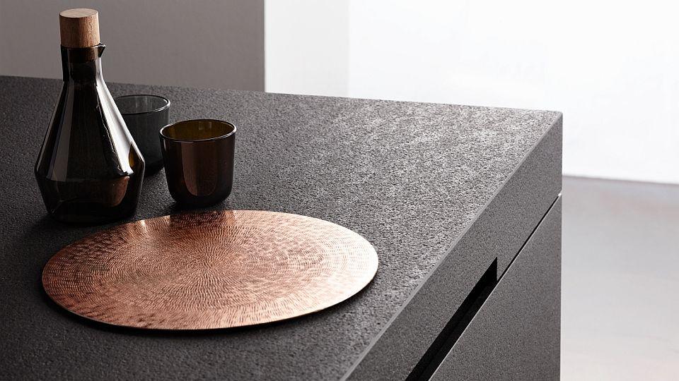 Nero #Assoluto India ist ein tief schwarzes Gestein, das für den - interior trend modern gestein