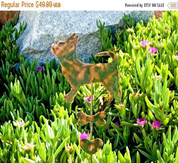 Chihuahua Dog Garden Stake / Metal Garden Art / Garden Copper Art / Metal Plant Stake / Pet Memorial Dog / Chihuahua Sculpture / Pet Marker