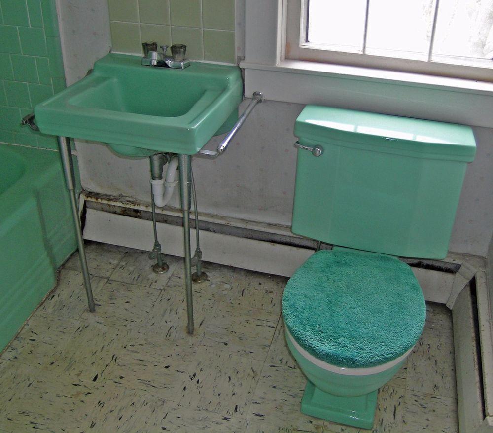 Lot Of Bathtub Toilet Sink Vintage 1956 Porcelain Jadeite Green Standard Toilet Sink Vintage Bath Sink