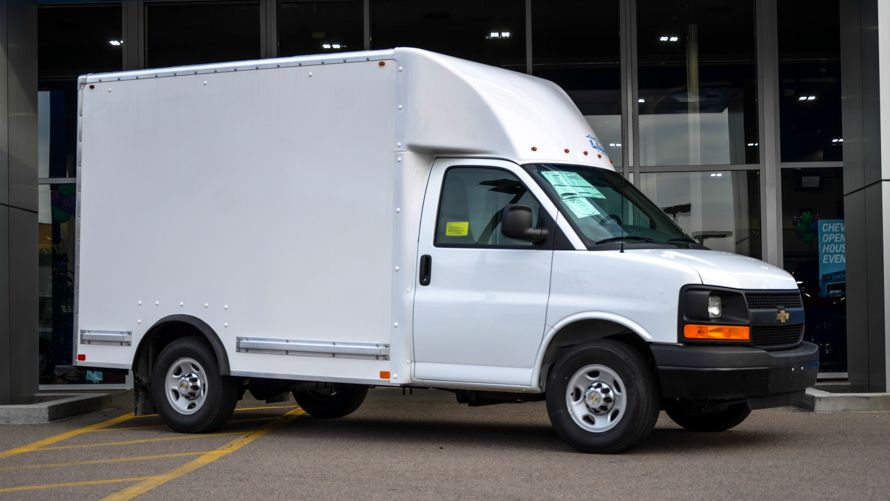 Chevrolet Express 10 Box Truck Cutaway Recreational Vehicles Van Chevrolet