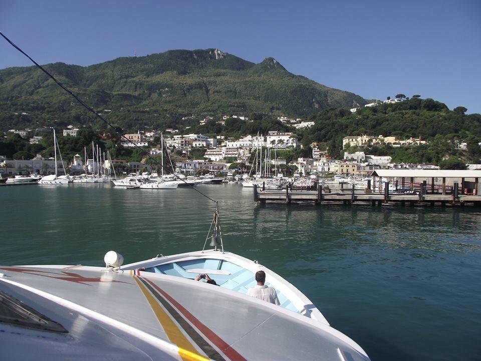 Porto di Casmicciola Terme foto Antonio Chianese  #ischia #ischiaisolaverde #sea #italy #italia