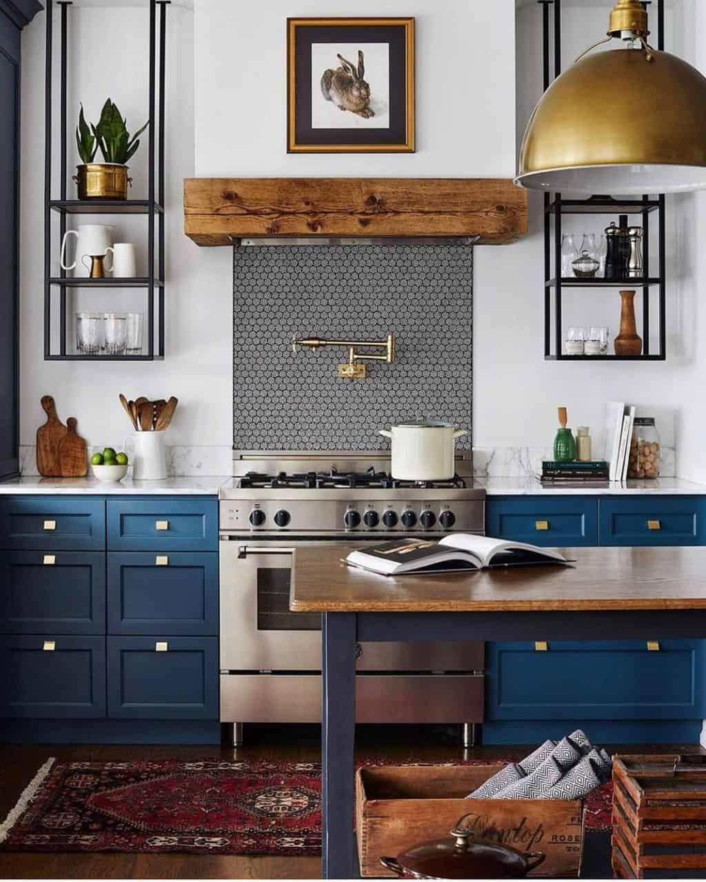 Kitchen Design And Renovation Tips From Studio Dearborn In 2020 Kitchen Interior Home Interior Design Kitchen