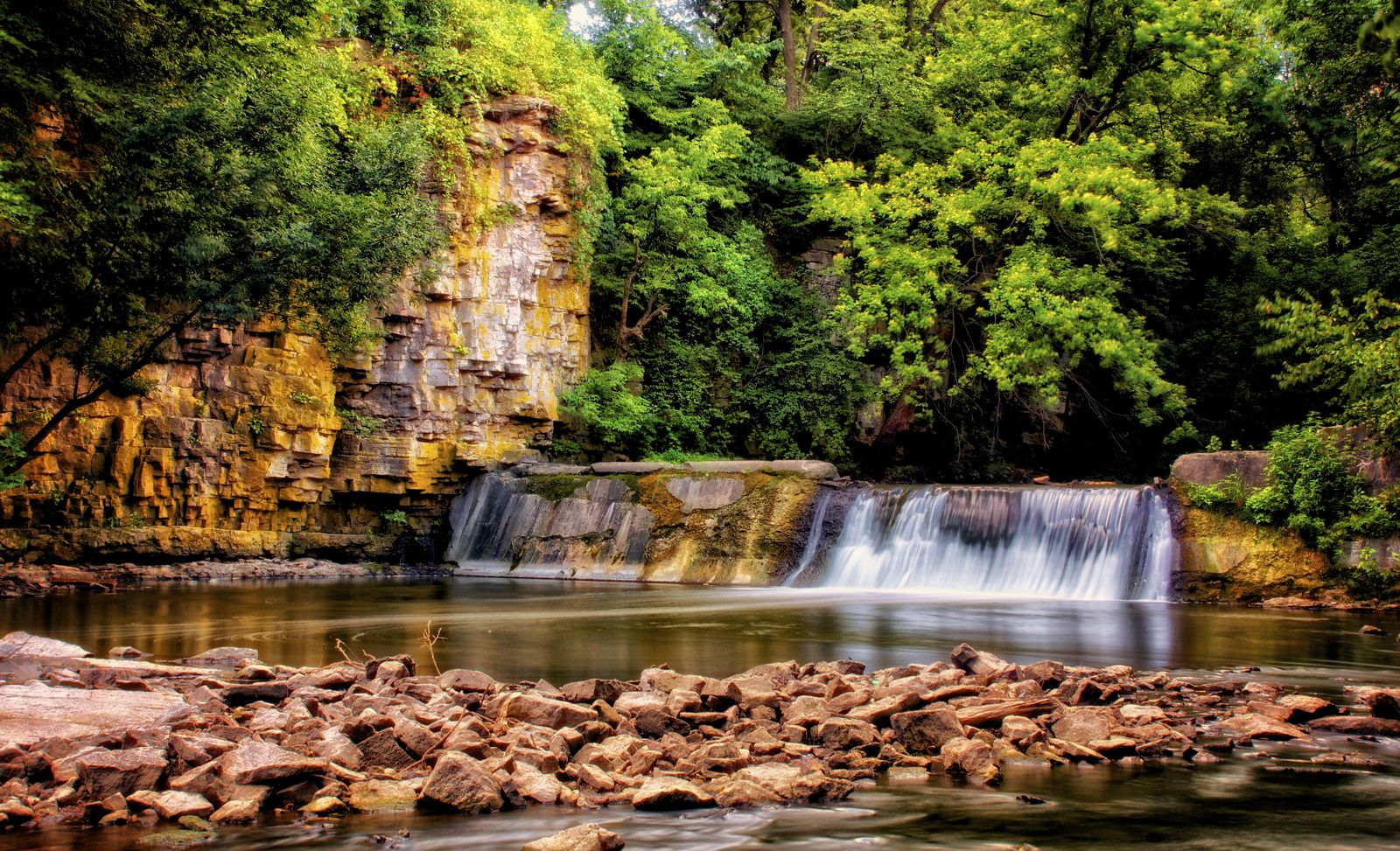 Willow Creek Waterfall - Mason City, IA   Weekend road ...