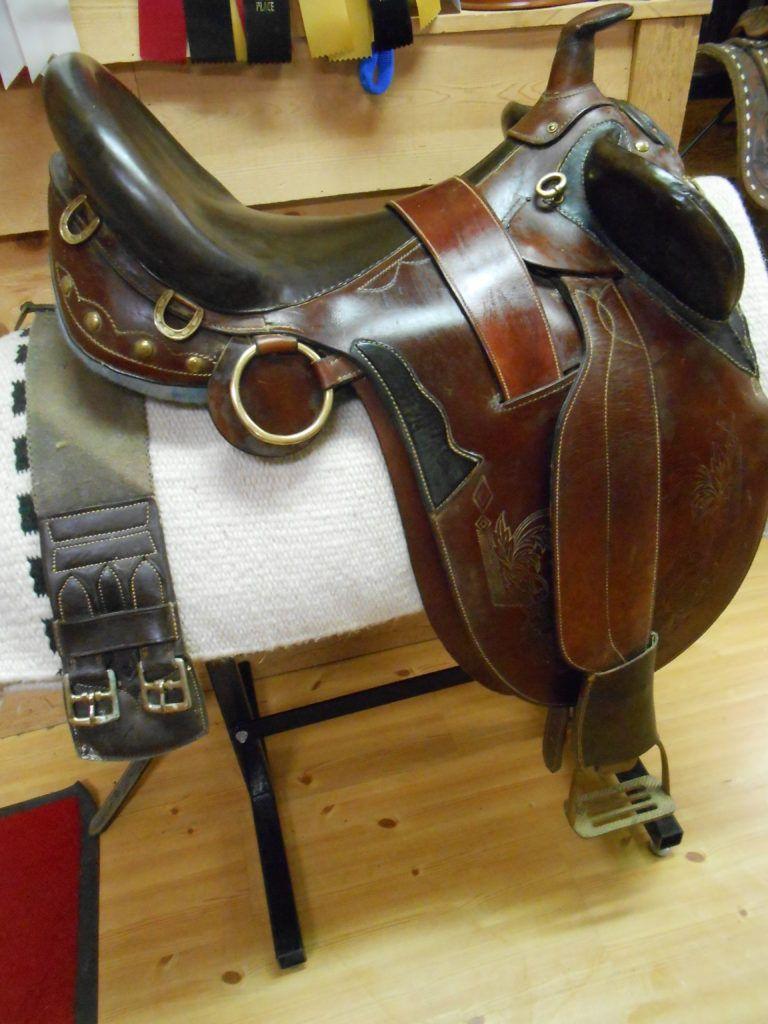 Australian stock saddle like new saddle australian