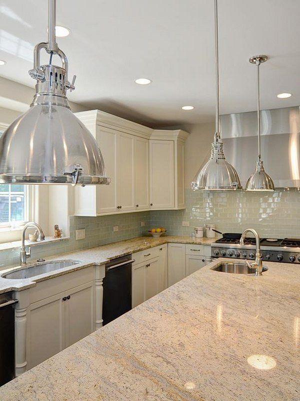 Bianco Romano mit Granit-Arbeitsplatten, weiße Schränke awesome - arbeitsplatten granit küche