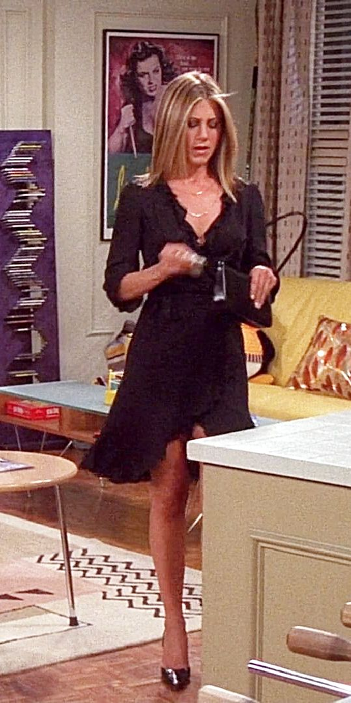 Rachel Green S Best Friends Outfits Rachelgreenoutfits A Look Back At Rachel Green S Most Ico Rachel Green Style Friends Rachel Outfits Rachel Green Outfits [ 1383 x 690 Pixel ]