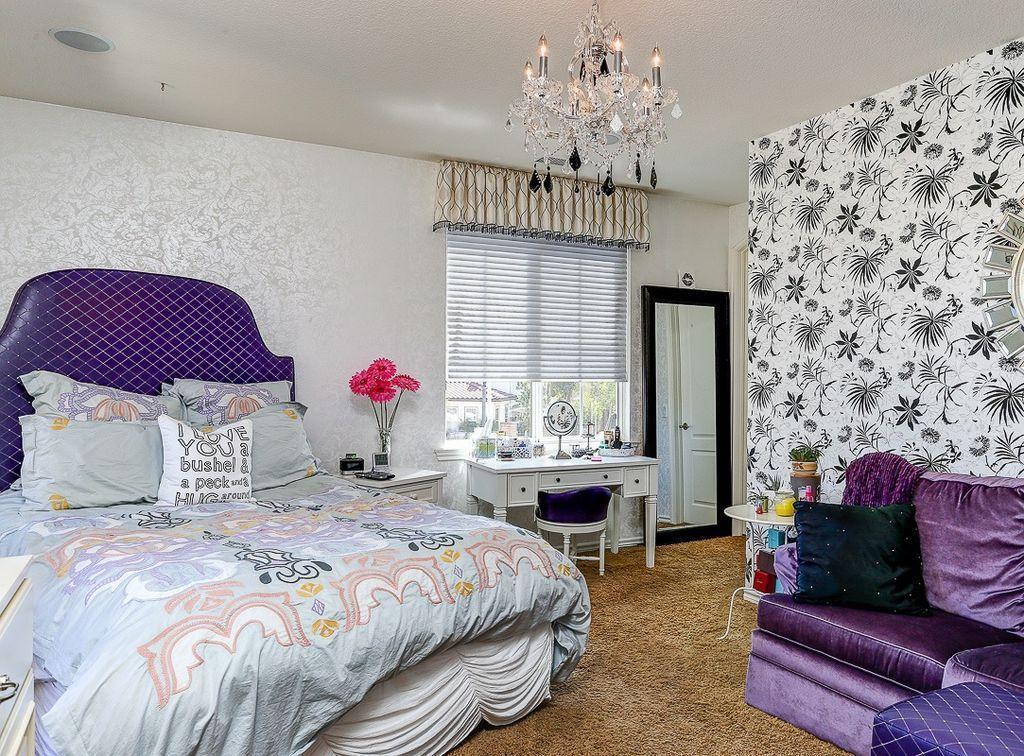 Beautiful Girls Bedroom Ideas for Small Rooms (Teenage Bedroom Ideas