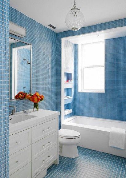 decorar casas de banho em azul Pesquisa Google Decoraç u00e3o WC Pastilha de vidro azul  -> Decoração De Casas De Banho Em Azul