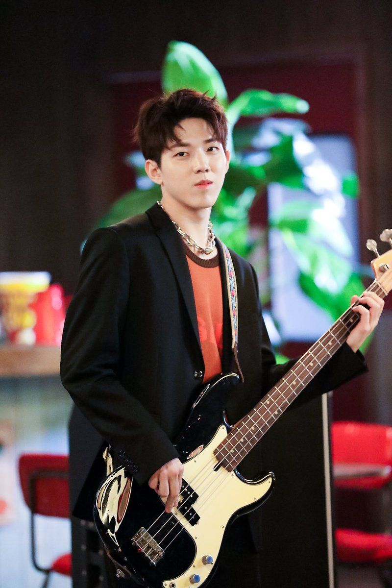 Portal DAY6 Brasil on | day6 in 2019 | Day6, Day6 dowoon