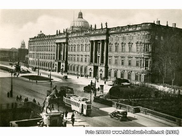 Das Berliner Stadtschloss Stadtschloss Berlin Geschichte Schlossplatz