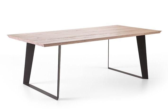 tisch tischplatte eiche massiv esstisch metall tischbeine schwarz essen pinterest. Black Bedroom Furniture Sets. Home Design Ideas