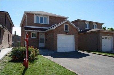 3 Bedroom House For Sale In Etobicoke Near Martin Grove