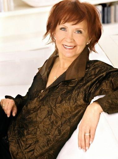 Janet Evonovich....Stephanie Plum Novels...