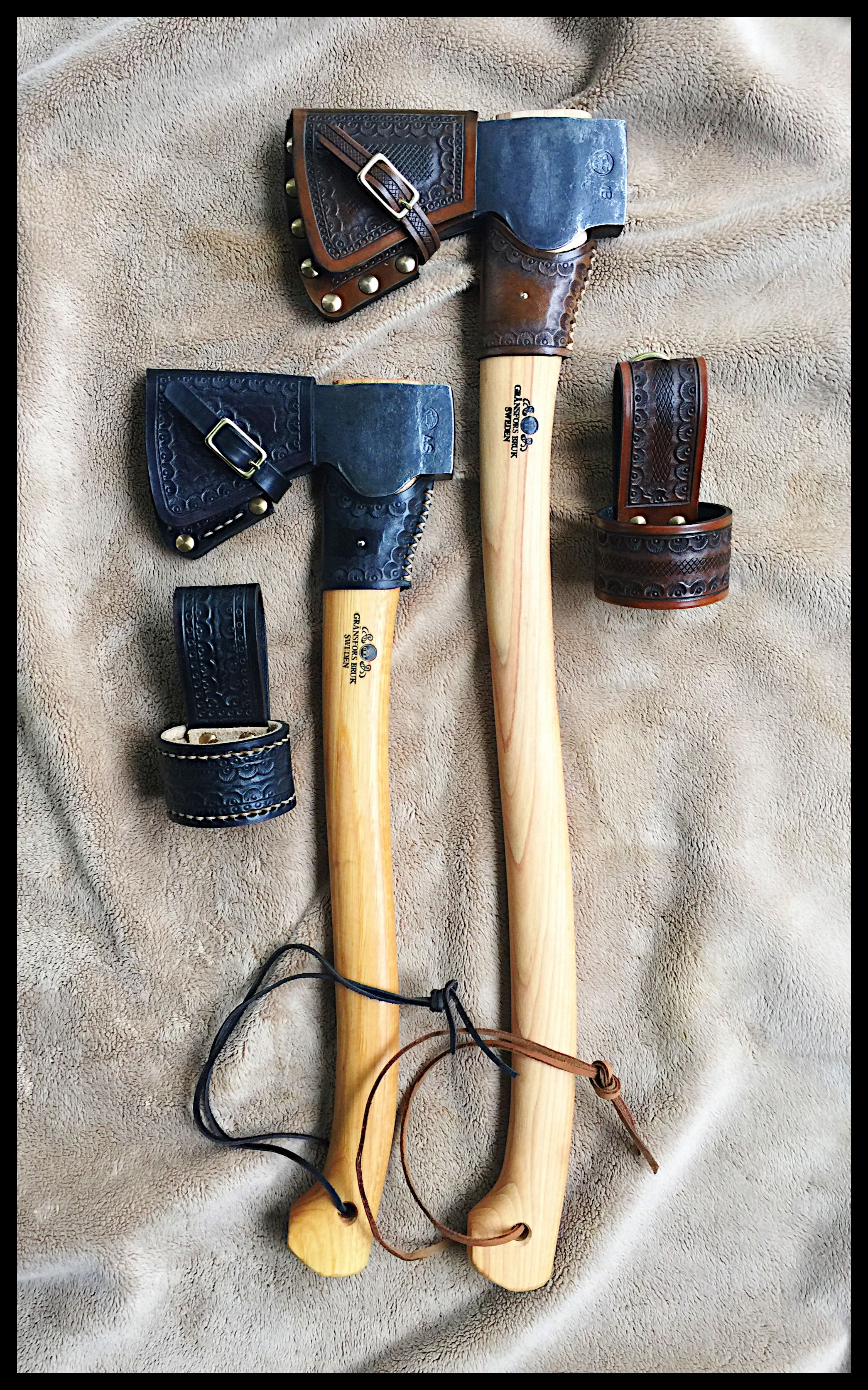 Gransfors Bruks Small Forest Axe Scandinavian Forest Axe Custom Leather Work By John Black Small Forest Axe Axe Axe Sheath