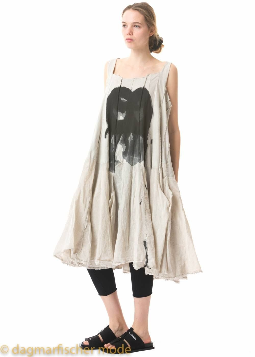 4866411c76c7f4 Printed oversize dress in coal and umbra by RUNDHOLZ DIP - dagmarfischer  mode