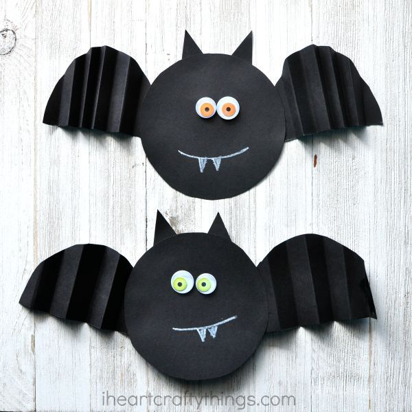 Simple Accordion Fold Paper Bat Craft Preschool halloween, Paper - homemade halloween decorations kids