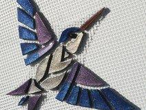 Mosaiksteine-Kolibri auf Netz zur Selbstverlegung