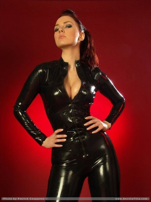 Model Ancilla Tilia Black Latex Catsuit Catsuits
