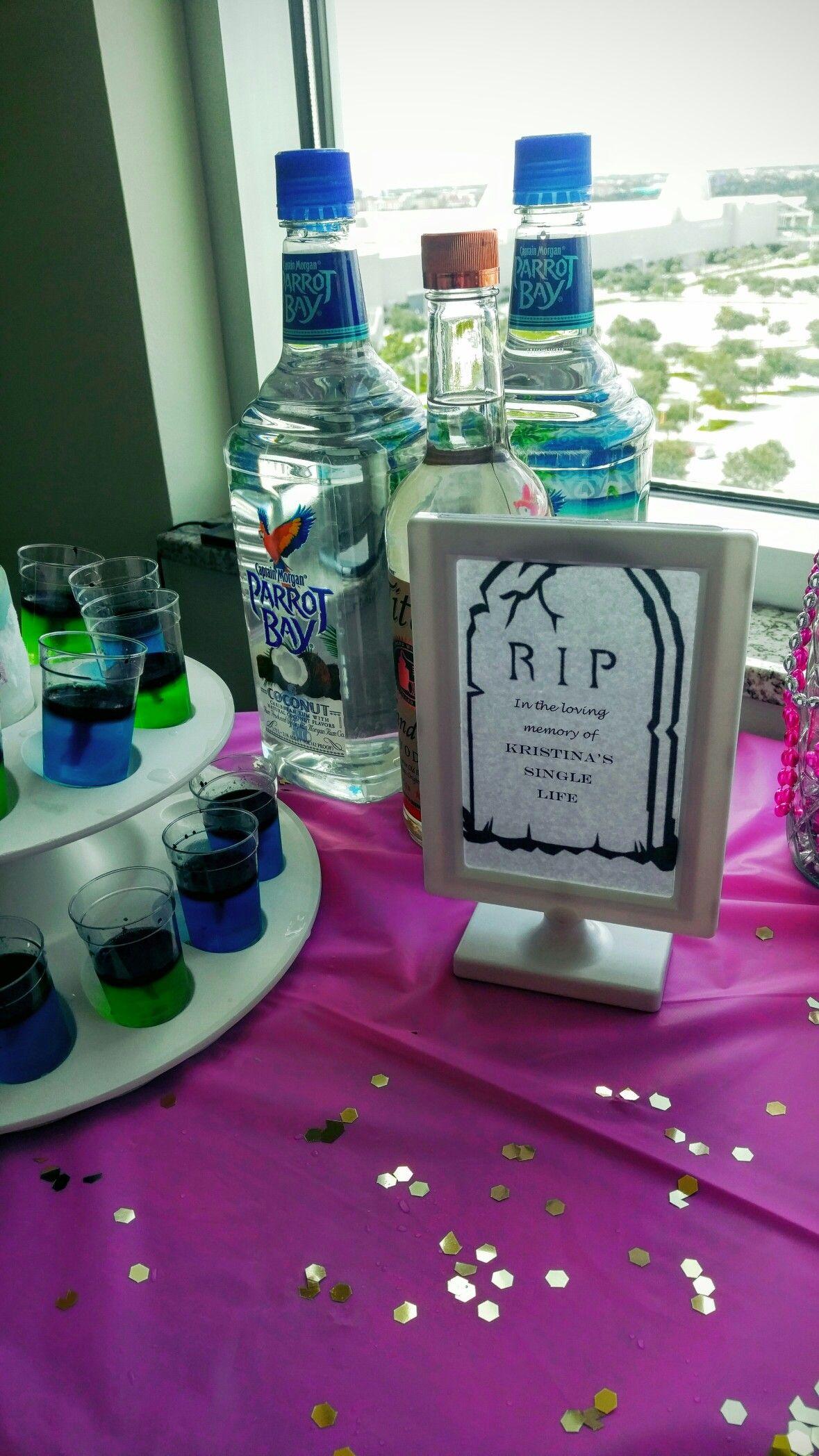 Riptomysinglelife Bacheloretteparty Girlsnightout In 2020 Bachelorette Diy Hotel Party Bachelorette Party