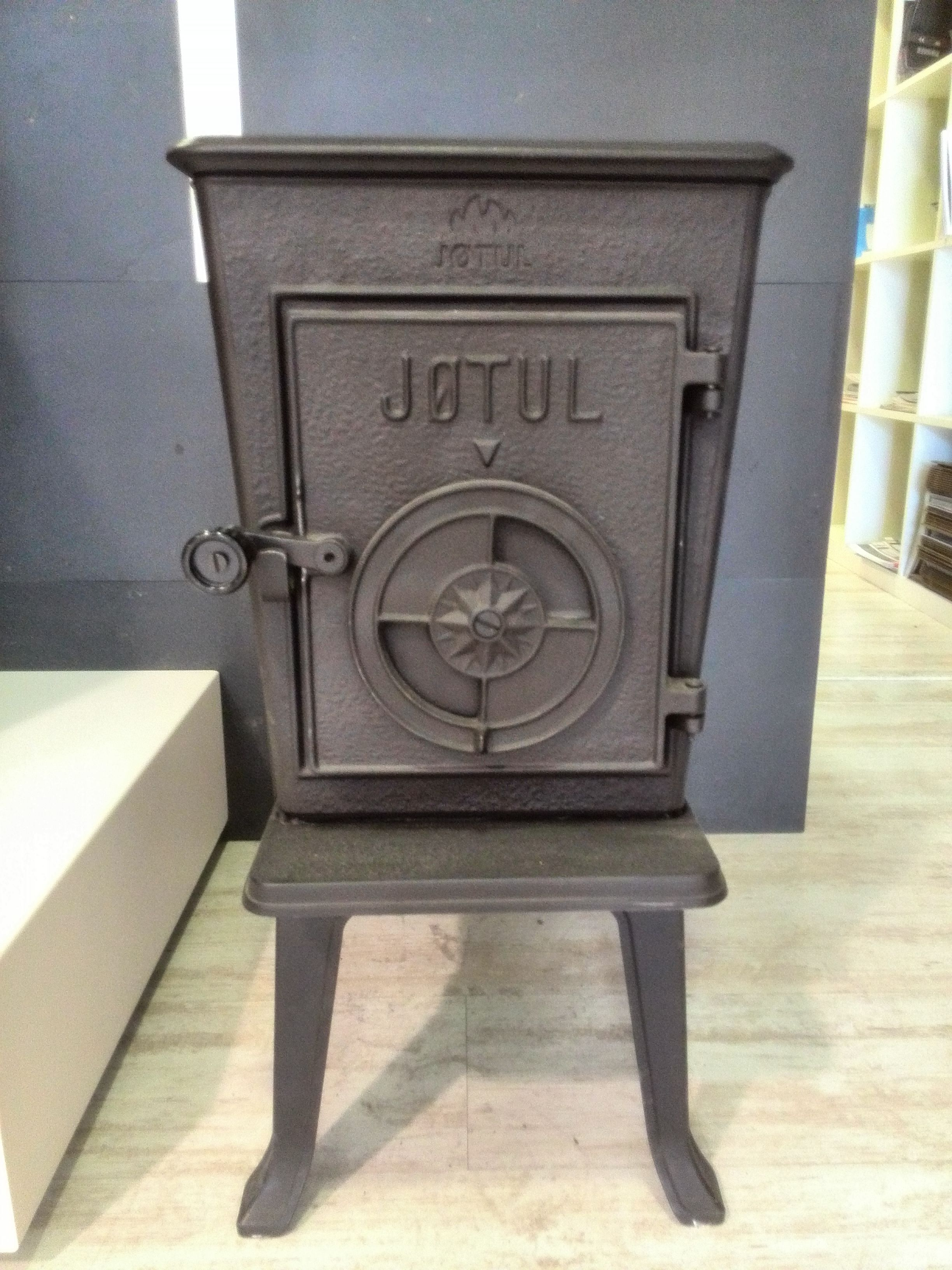 Jotul 606 take a look at the Jotul heritage - f602 still on ...