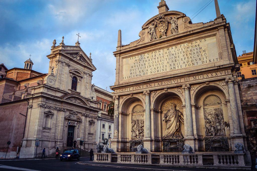 Fuente del Agua Feliz e Iglesia de Santa Maria de la Victoria (Roma - Italy)
