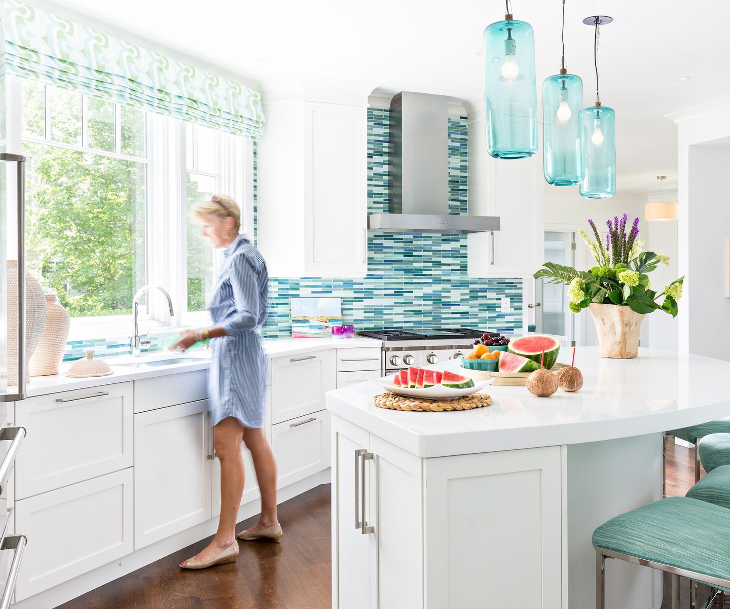 A Cape Cod Home Channels West Coast Style