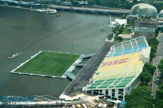 Stadium Built On Water In Singapore Football Stadiums Soccer Stadium Football Pitch