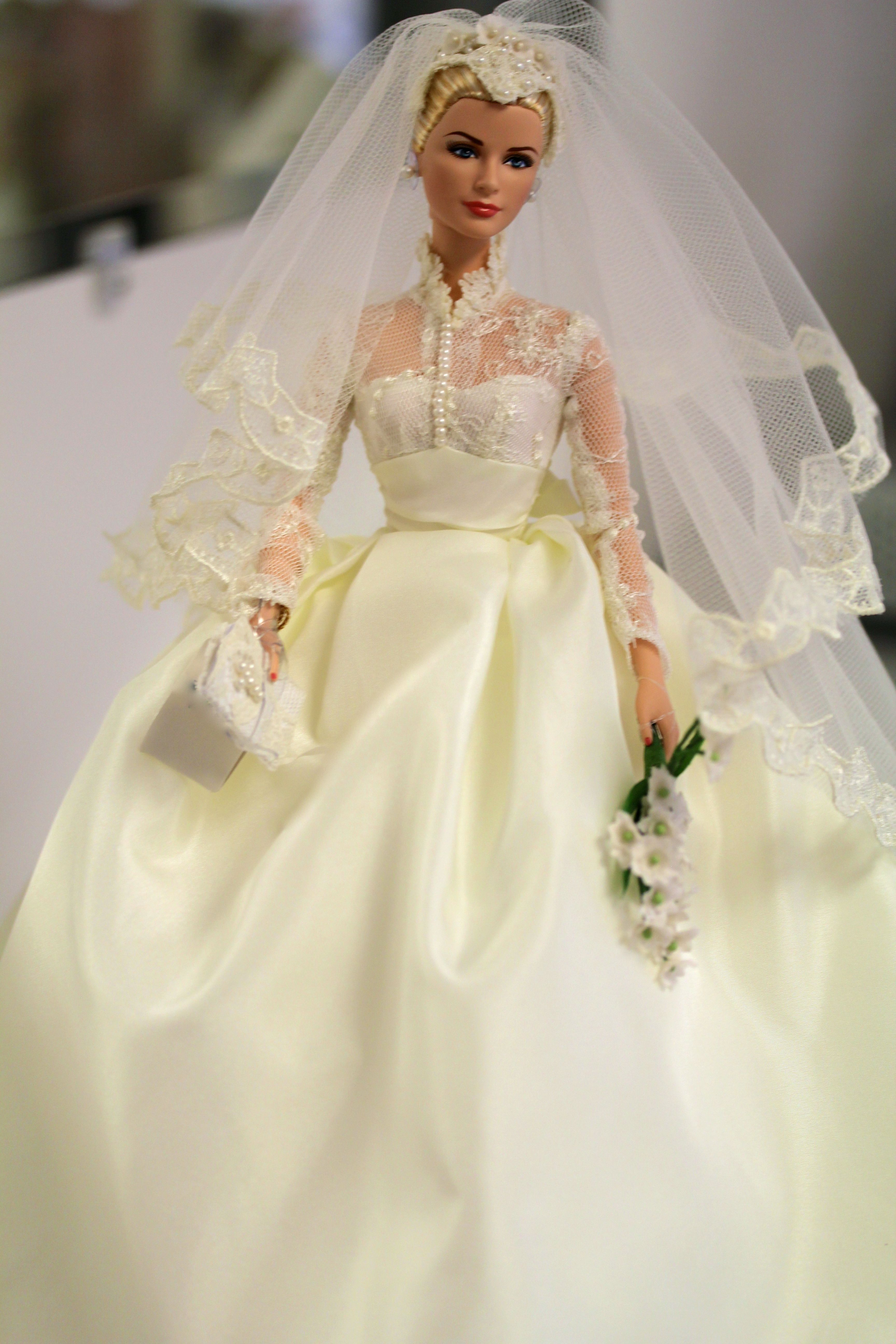 grace kelly bride doll collectible photo by dj nelson. Black Bedroom Furniture Sets. Home Design Ideas