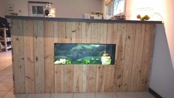 Pallet Bar With Integrated Aquarium U0026 Wax Concrete Counter