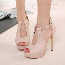 Love this peep toe heel