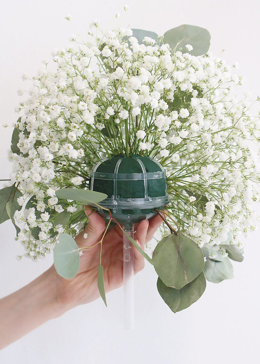 Pack of 6 wedding belle fresh flower bouquet holders 775 create your fresh flower bridal bouquets with wedding belle straight handle bouquet holders from afloral izmirmasajfo