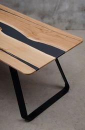 Live Edge Tisch aus Eiche schwarzer EpoxyTisch mattierter Harztisch River Tisch mit Stahl Live Edge Tisch aus Eiche schwarzer EpoxyTisch mattierter Harztisch River Tisch...