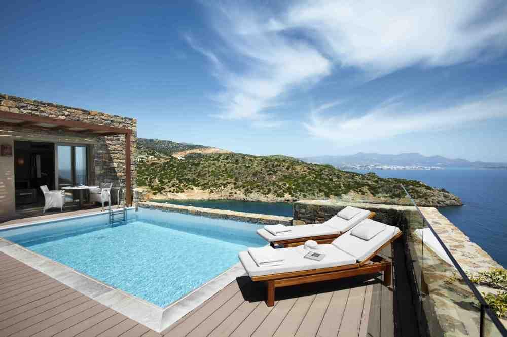 Indoor swimming pool luxus  Villa Mit Zwei Schlafzimmern Und Eigenem Pool | Luxus Villen Daios ...
