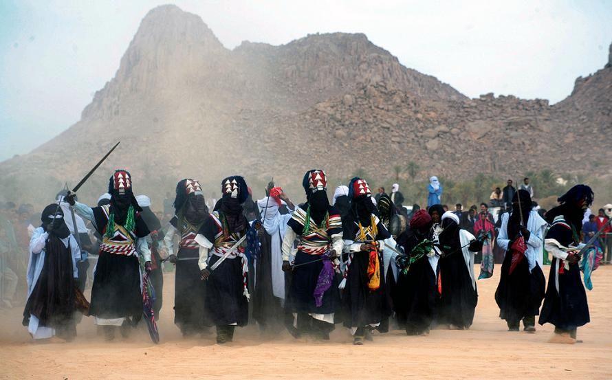 Turareg festival near Djanet in the Hoggar mountains, Algeria ...