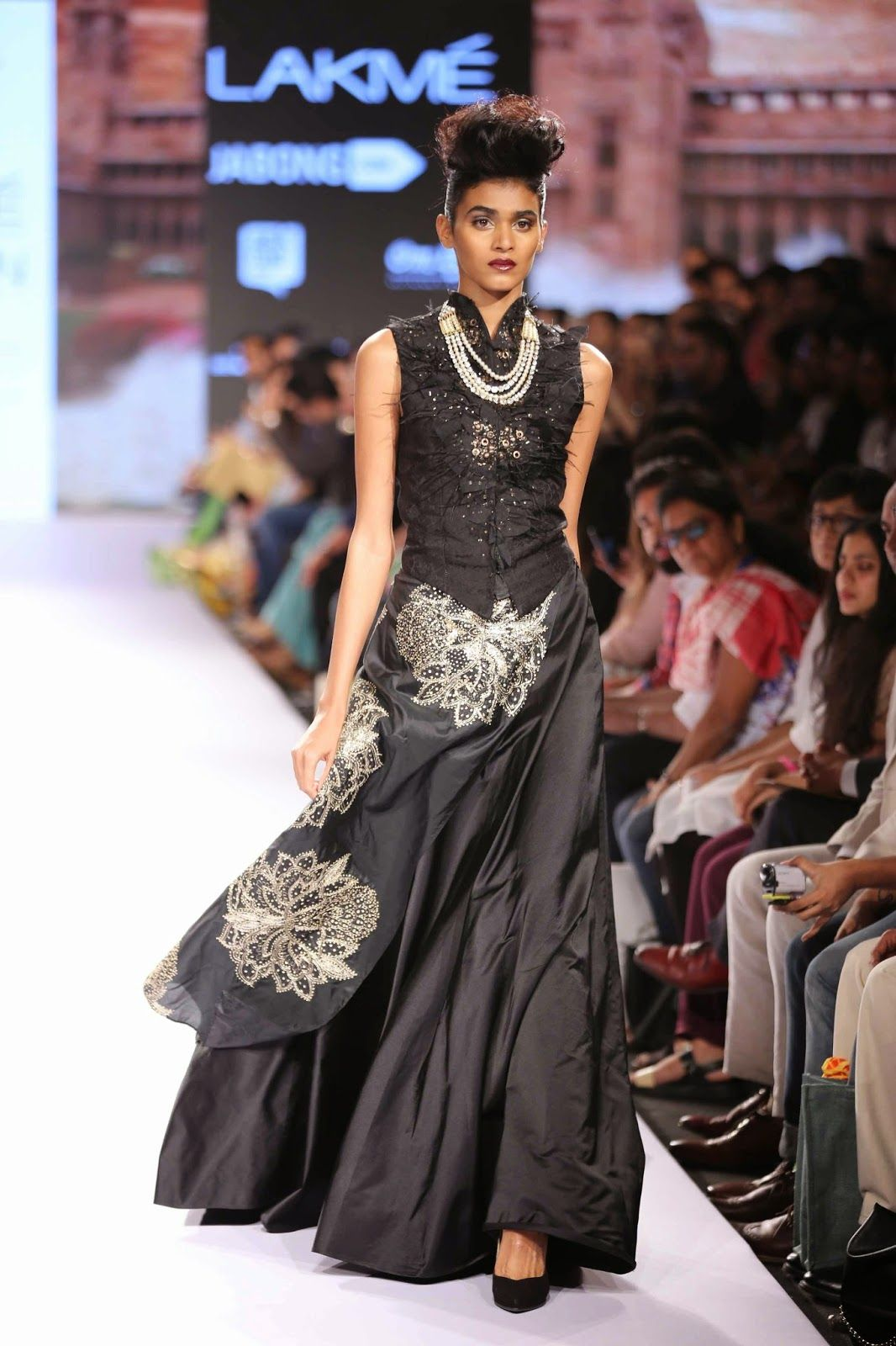 f70a0ead00e9 The Summer Resort 2015 edition of Lakmé Fashion Week offered a platform for  beginner and experienced designers to showcase their creative work.
