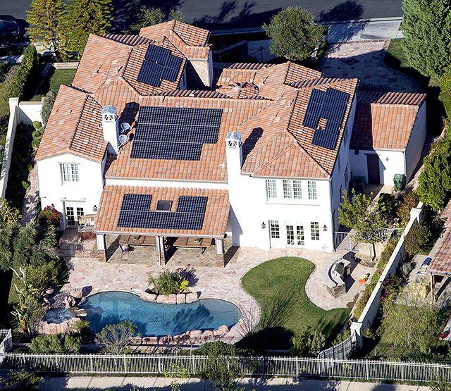 Kylie Jenner Inside Her 2 7 Million Dream Home Jenner House