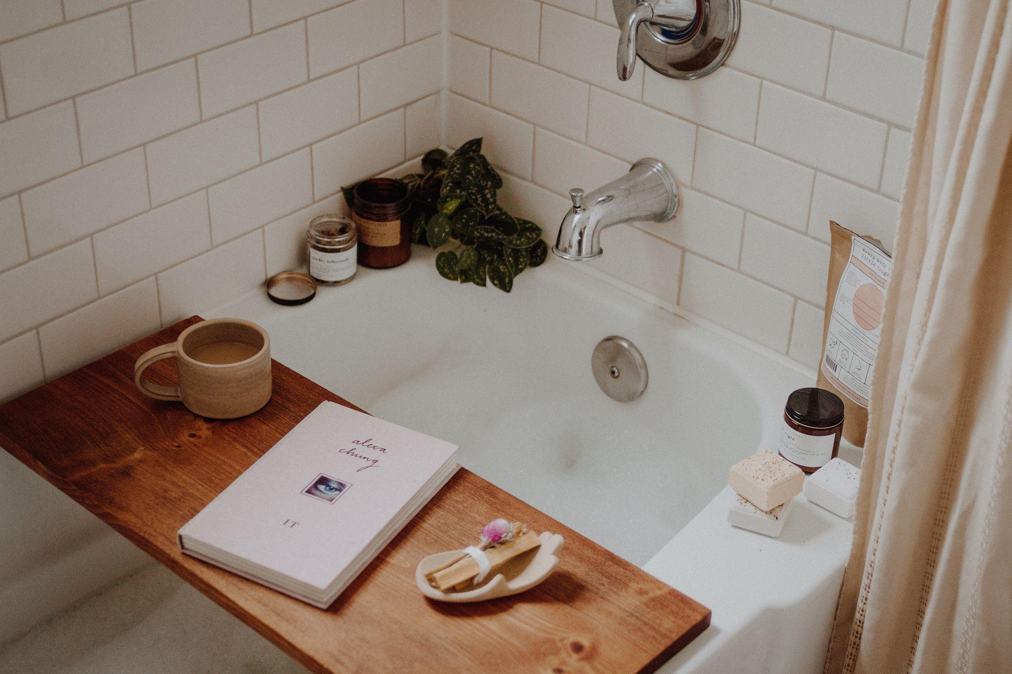 Een Gezellige Badkamer : Pin von jennifer auf interior in slaapkamer bed badkamer