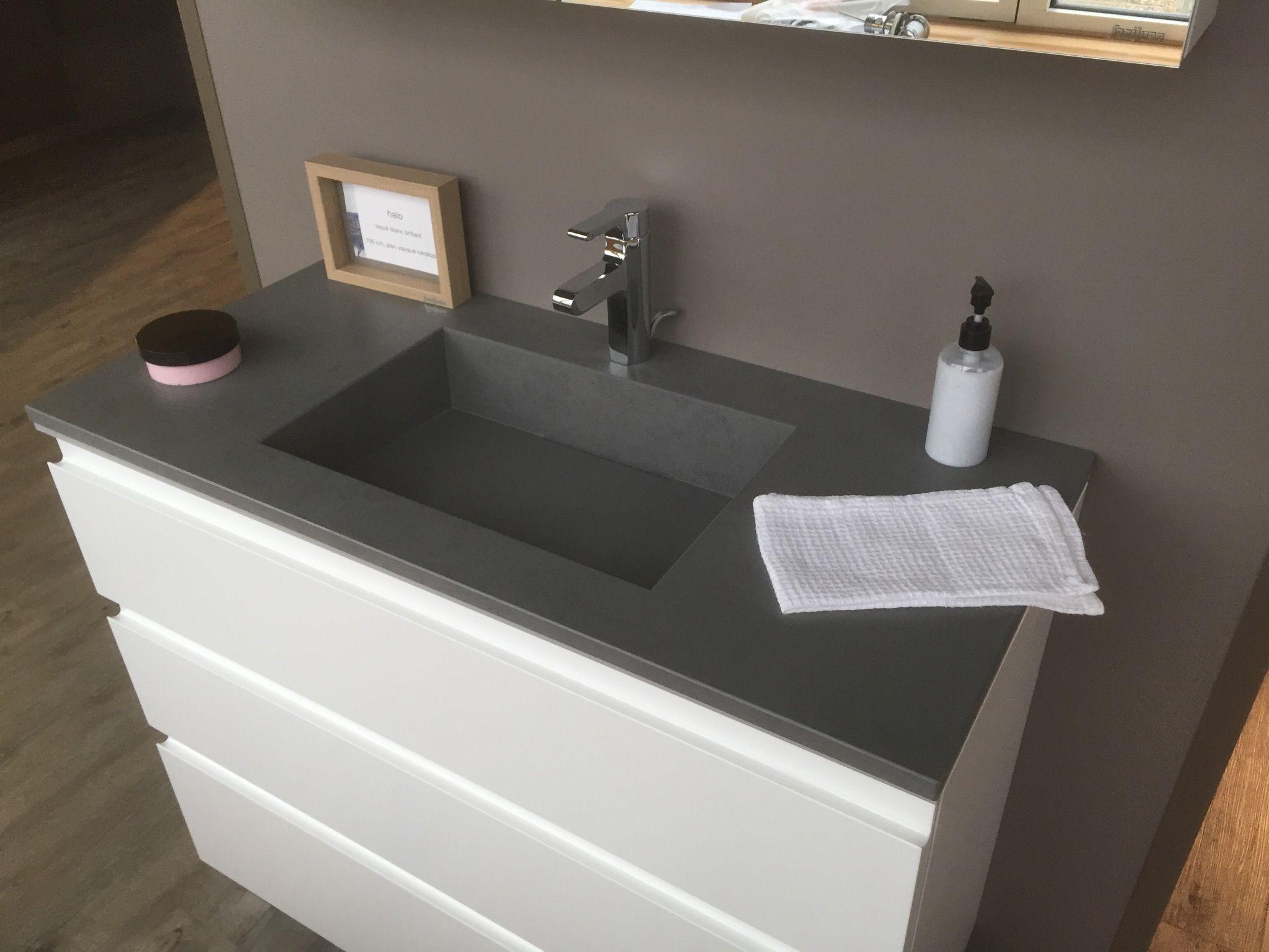 lavabo in laminam blend grigio su mobile di sanijura lavabi