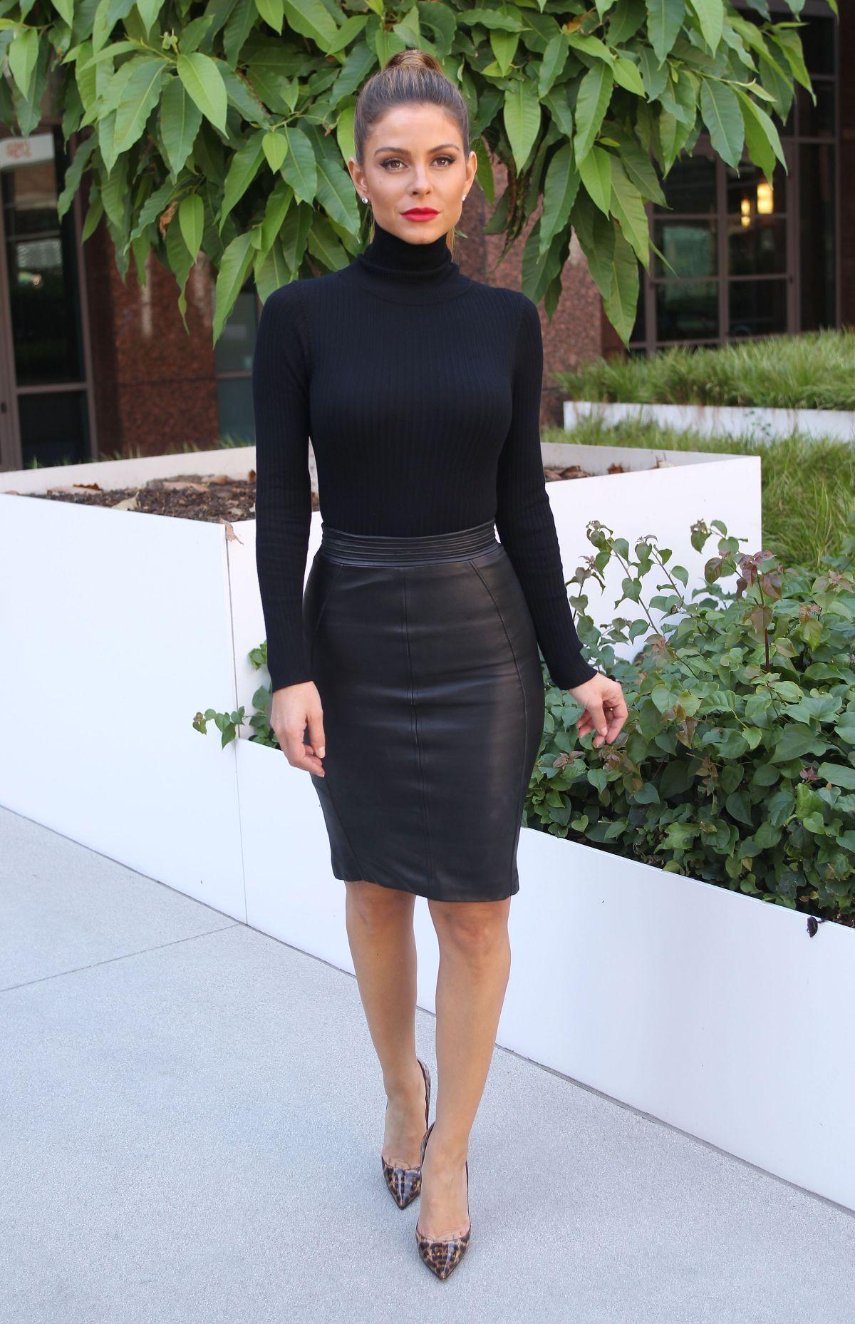I ️ her tight mini skirt and high heels, she has beautiful ...