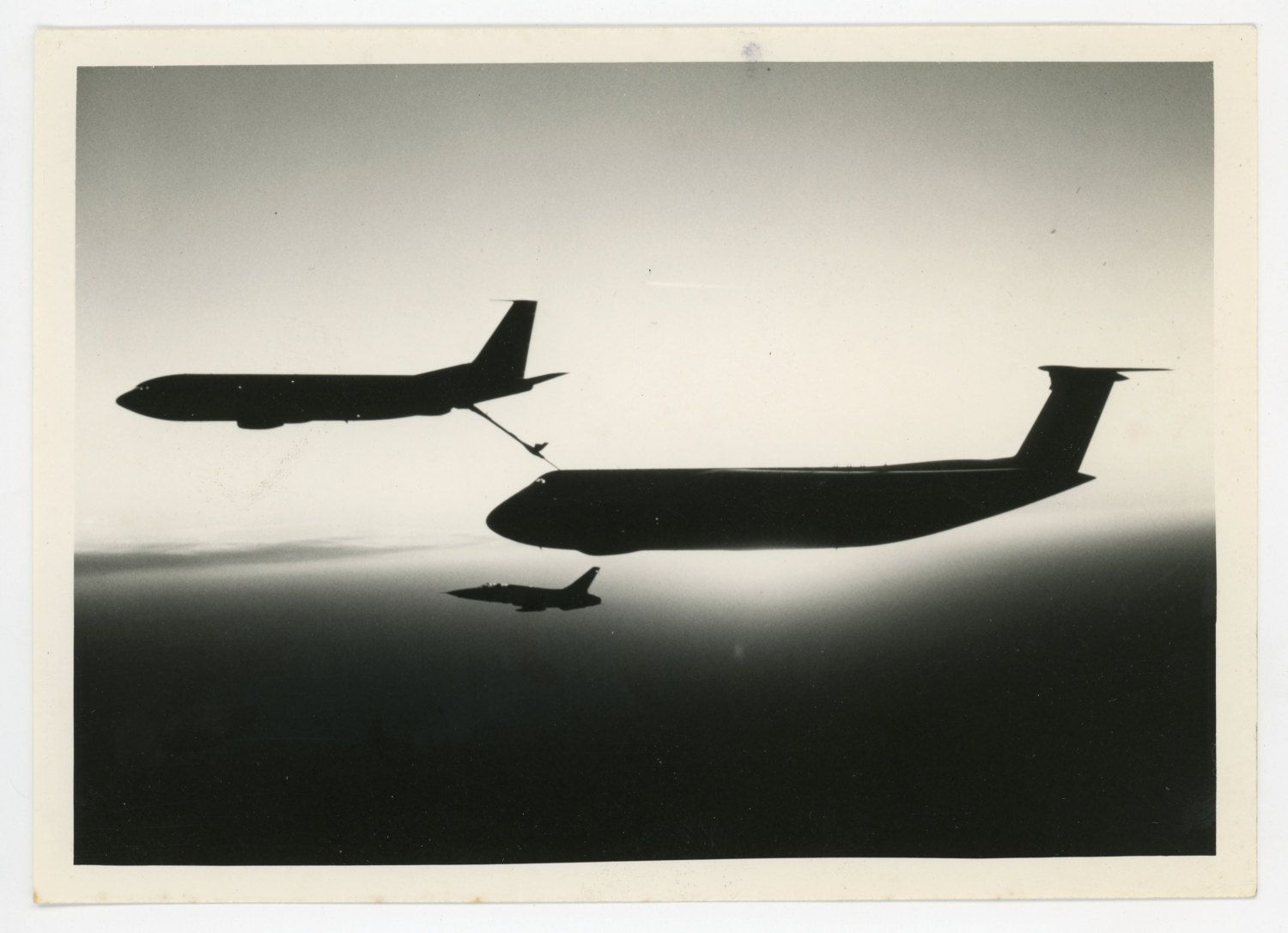 Aerial refueling C5 military aviation vintage photo