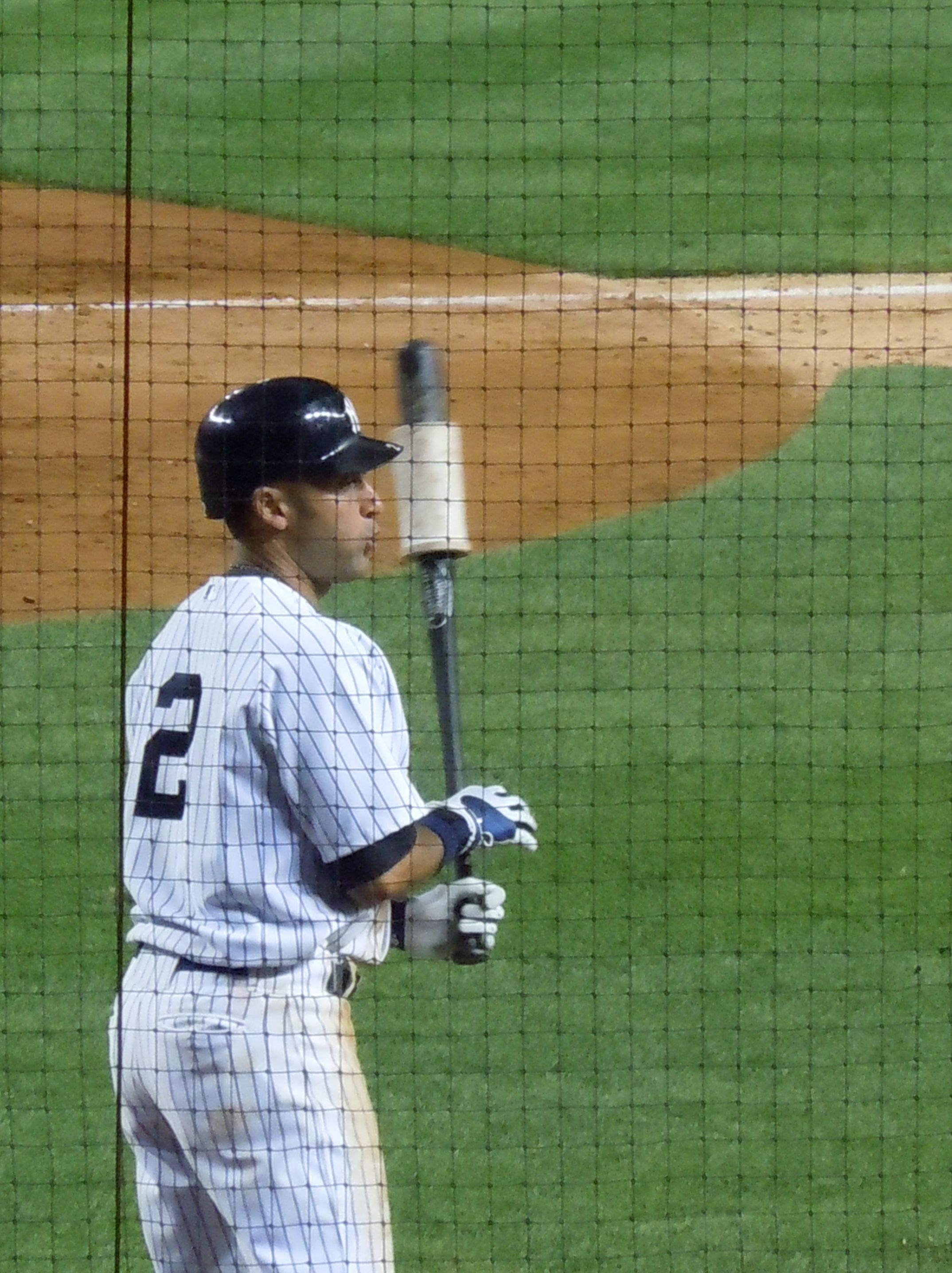 A New York Yankees Legend Derek Jeter New York Yankees Baseball New York Yankees Yankees