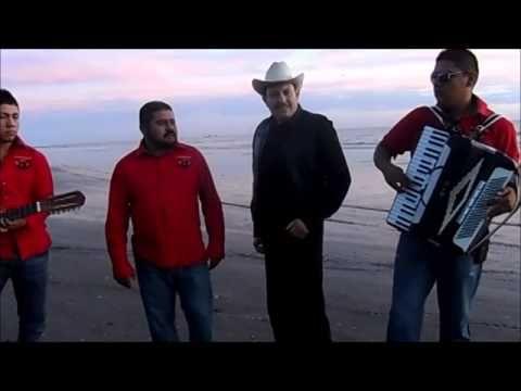 """ENRIQUE HAAS CON EL GRUPO NORTEÑO """"ESTRATEGIA RC"""" TEMA """"EL SINALOENSE"""" EN PLAYA LAS GLORIAS DE GUASAVE SINALOA MEX. 28/DIC/2014"""