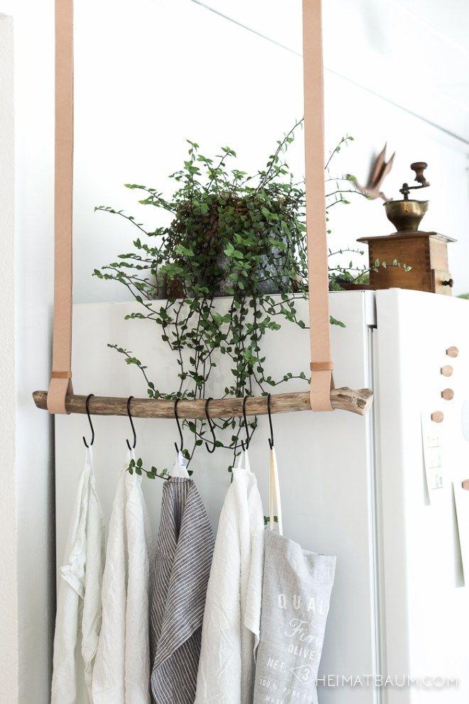 Geschirrtuchhalter aus Leder und Treibholz { DIY } - HEIMATBAUM - handtuchhalter für küche