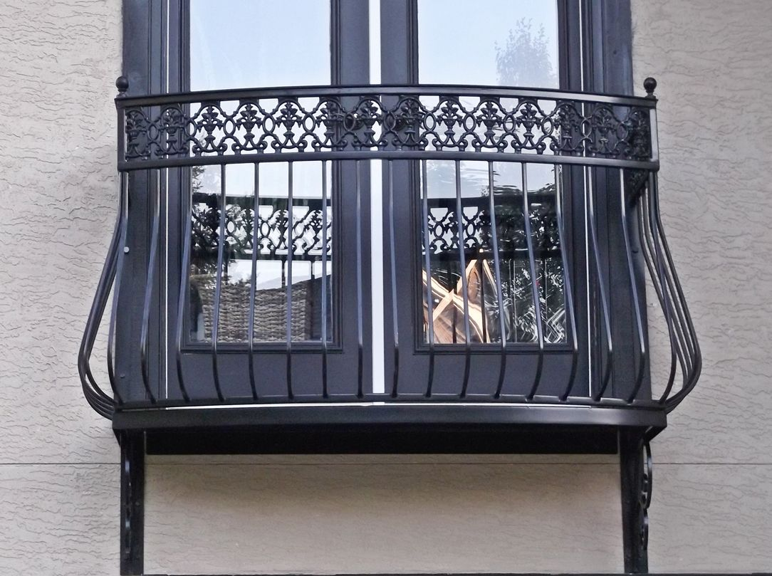 breathtaking wrought iron balcony railings picture 200 window railings pinterest iron. Black Bedroom Furniture Sets. Home Design Ideas