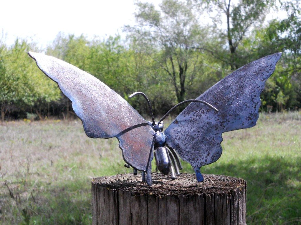 Butterfly Metal Sculpture Welded Metal Art Yard Art Garden Art Art Des Jardins Sculpture Jardin Et Sculpture Animaux