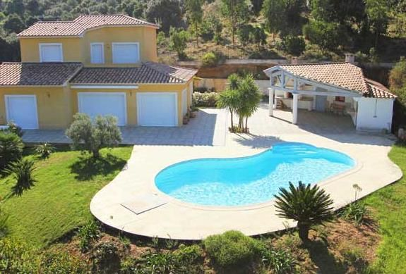 Piscine avec courbes piscine et pool house pool houses outdoor decor et home - Photos pool house piscine ...
