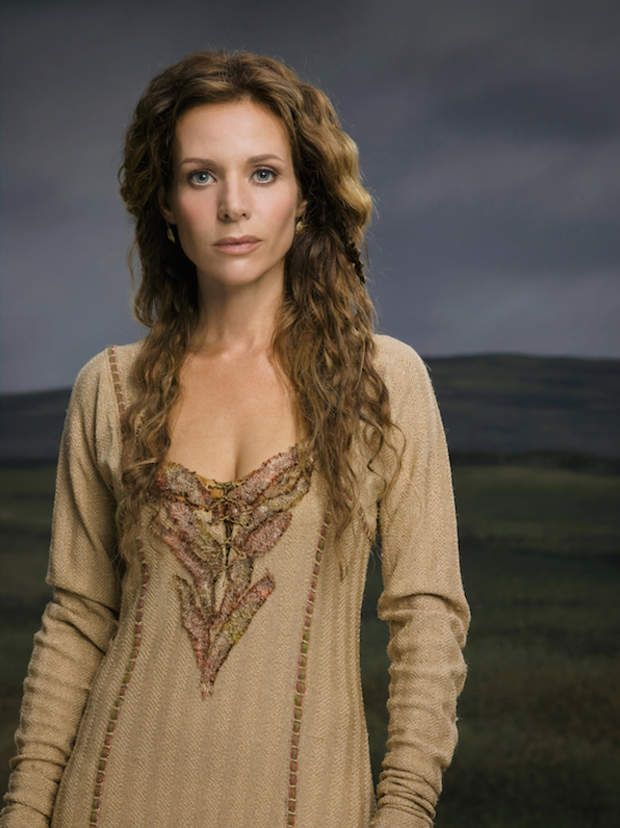 On Vikings Siggy Is The Shrewd Widow Of Earl Haraldson After Her