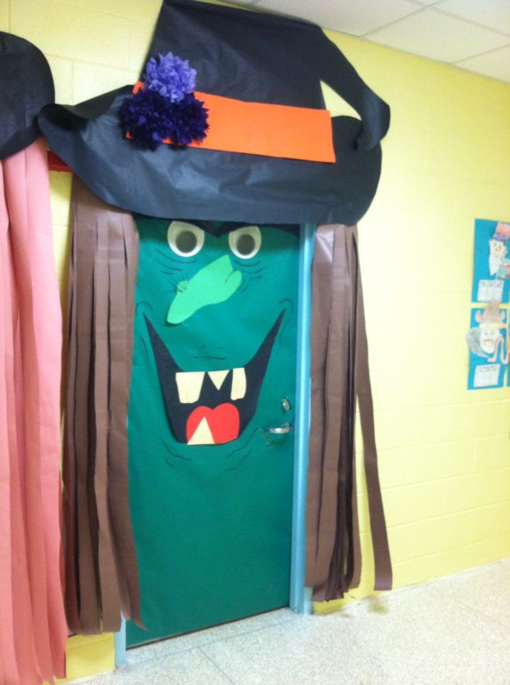 Witch classroom door #halloweenclassroomdoor