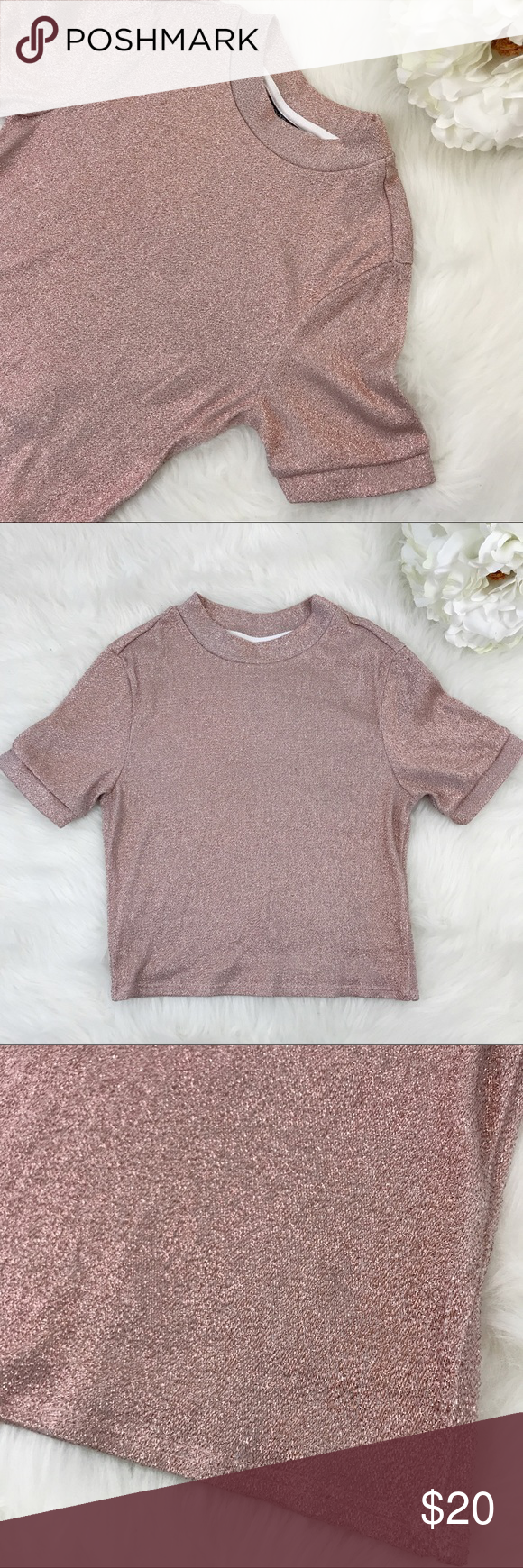 "Topshop | Sparkly Short Sleeve Crop Top Sparkly metallic rose dust short sleeve crop top. Size 2 from Topshop. Bust: 26"" Length: 16"" No flaws. Topshop Tops Crop Tops"