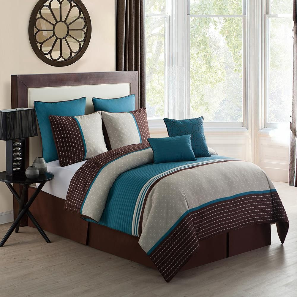 Create A Sophisticated Bedroom With This VCNY Seville Bed Set.